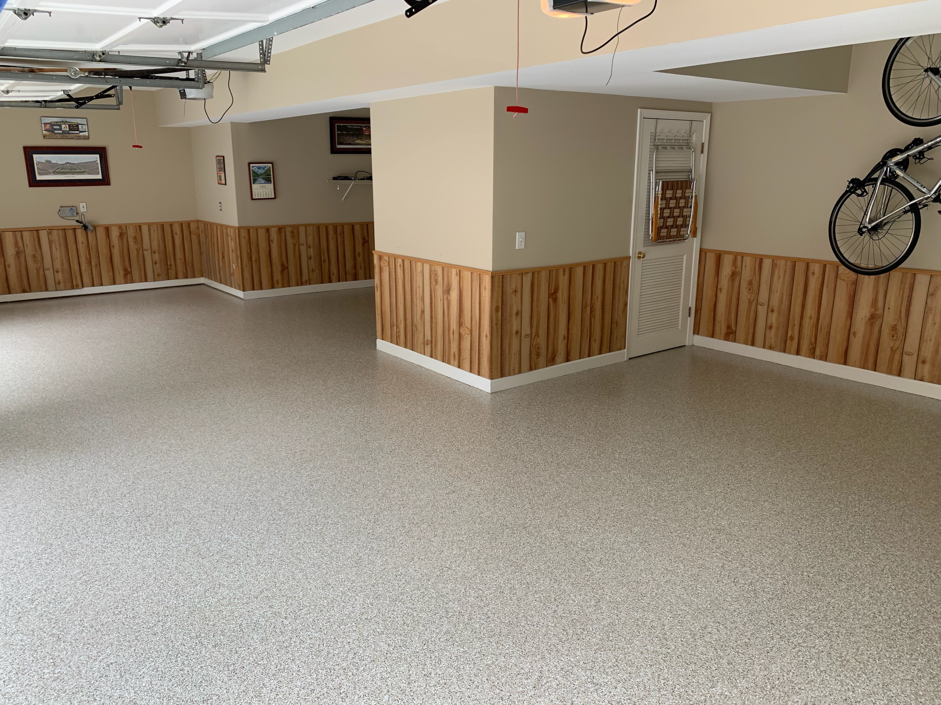 custom-residential-flooring-double-garage