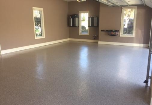residential-custom-flooring-garage