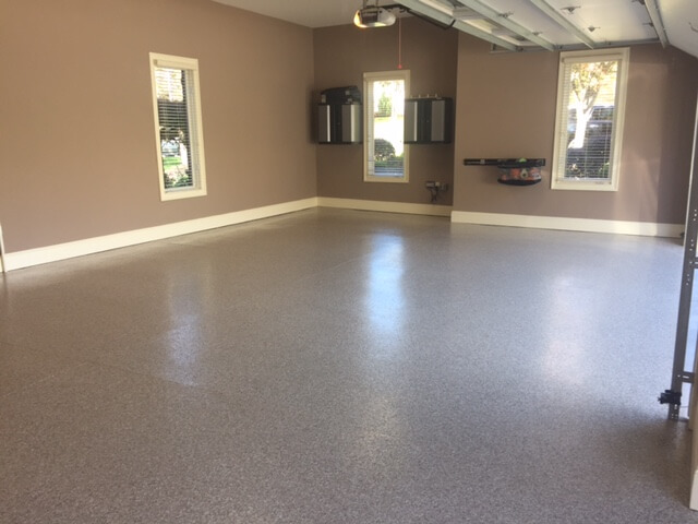 residential-custom-flooring-garage
